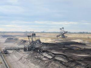 800px-Braunkohle-Tagebau